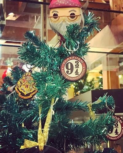 harrypotter hogwarts professordumbledore christmas tree christmastree holiday funkopop