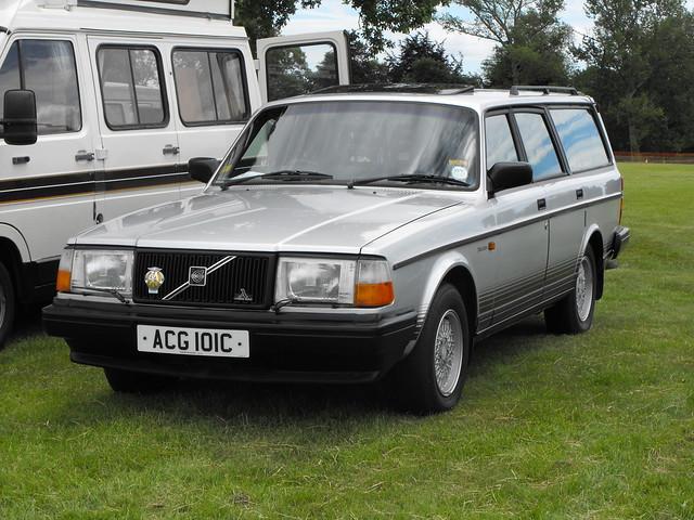 Volvo 240 Estate - ACG 101C