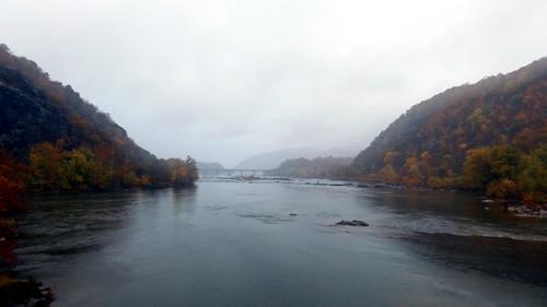 harpersferry westvirginia potomacriver photo digital autumn fall bridge river fog rain harpersferrynationalhistoricalpark