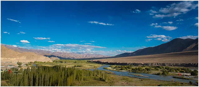 From Top Of The Phyang Gompa  || Beautiful Indus  River  and Beautiful Blue Sky .........