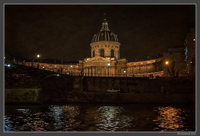 Paris_Institut de France_Pont des Arts_Quai de Conti_7e Arrondissement_France