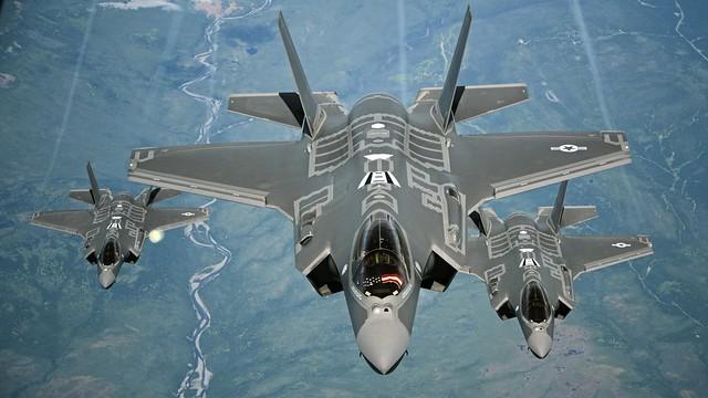 70 ARS refuels Lockheed Martin F-35A