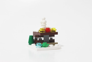 LEGO Seasonal Christmas Build Up (40253) - Day 11 | by tormentalous