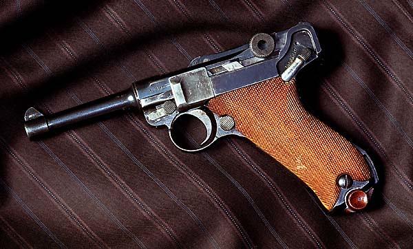 Histoire du Luger P08 9 mm Parabellum 1918 - Page 2 24347549958_2e4e979c3f_z
