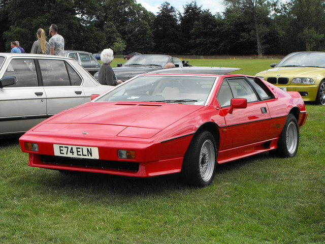 Lotus Esprit Turbo - E74 ELN (1)