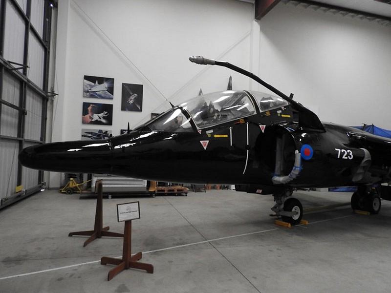 Harrier T.4 trainer 1