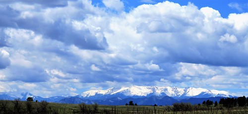 colorado mountain mountains pikespeak clouds rural douglascounty douglascountyparks lincoln openspace ranch backroads backroad countryside park snow spring