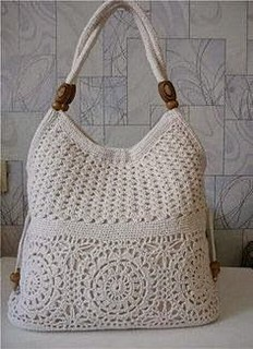 😉I loved it very charming and delicate in this crochet pattern that lovely handbag loved this step by step free 💋💕