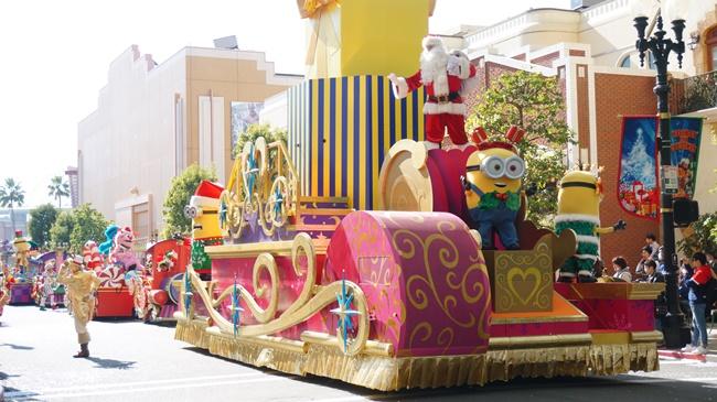 ミニオンクリスマスパレード画像