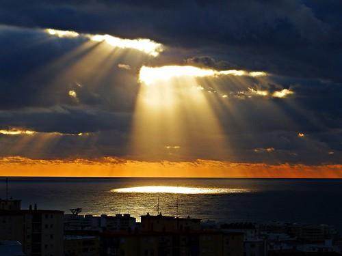 andalucia amanecer agua marbella málaga mar mediterráneo costadelsol cielo españa spain sunrise sol