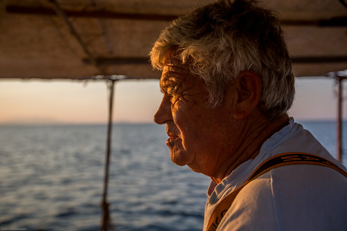 sea portrait face sunrise dawn boat fisherman oldman greece gr facial atsea arkadia fishingboating