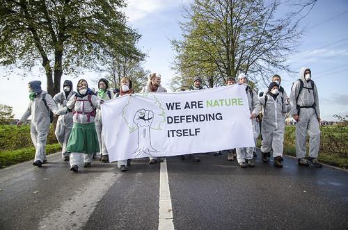 Aktivisten von Ende-Gelände besetzten den Tagebau Hambach | by endegelaende