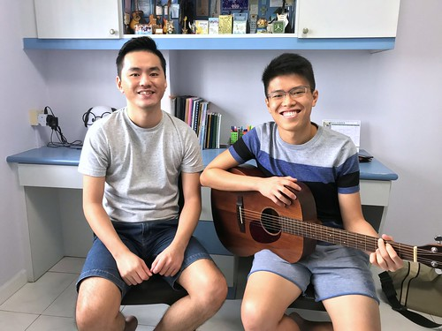 Guitar lessons Singapore Jonathan See
