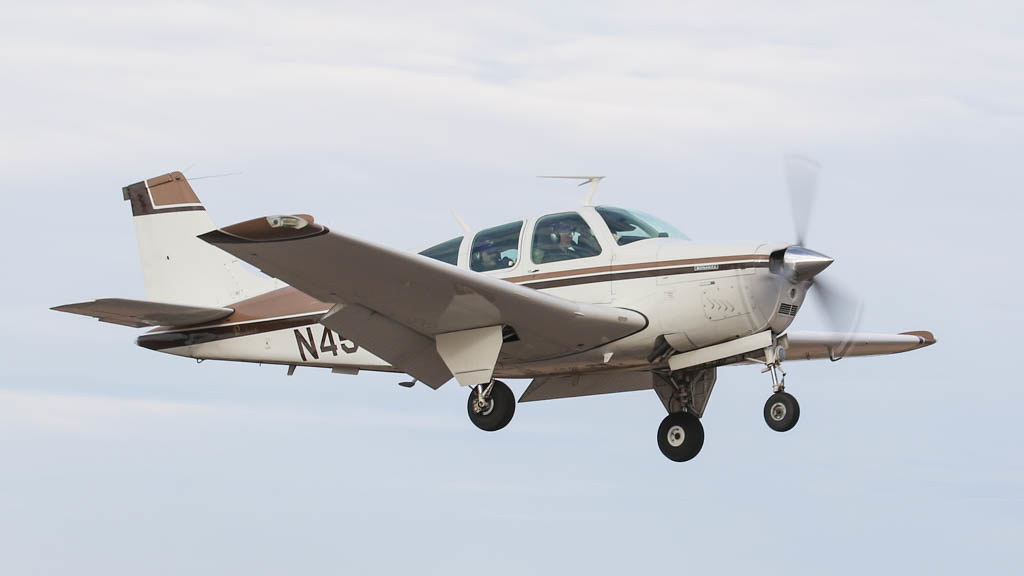 Beech F33A Bonanza N4568S | Landing at the Coolidge Fly-In