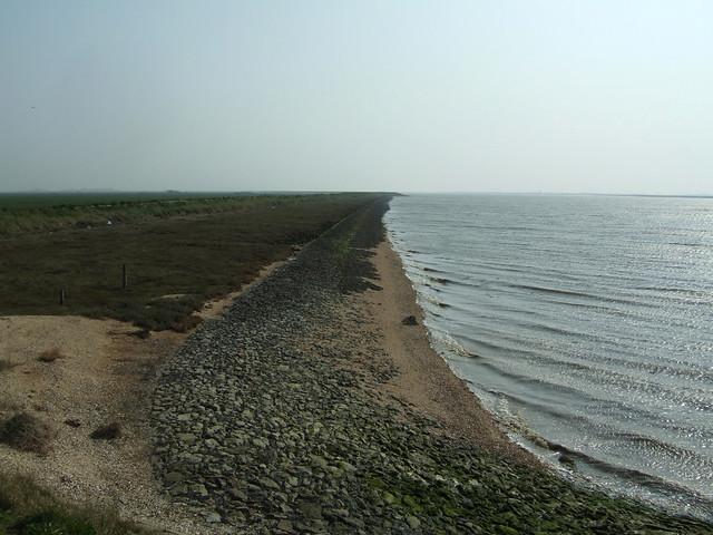 The sea wall near Burnham-on-Crouch