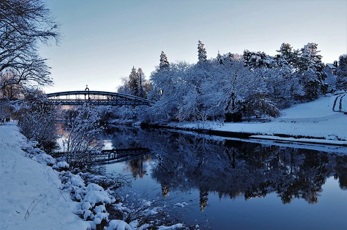 snow shrewsbury river severn winter cold