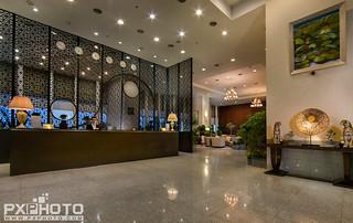 Calidas Landmark72 Lobby