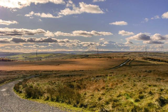 DSC_0018  - Going down to Clowbridge