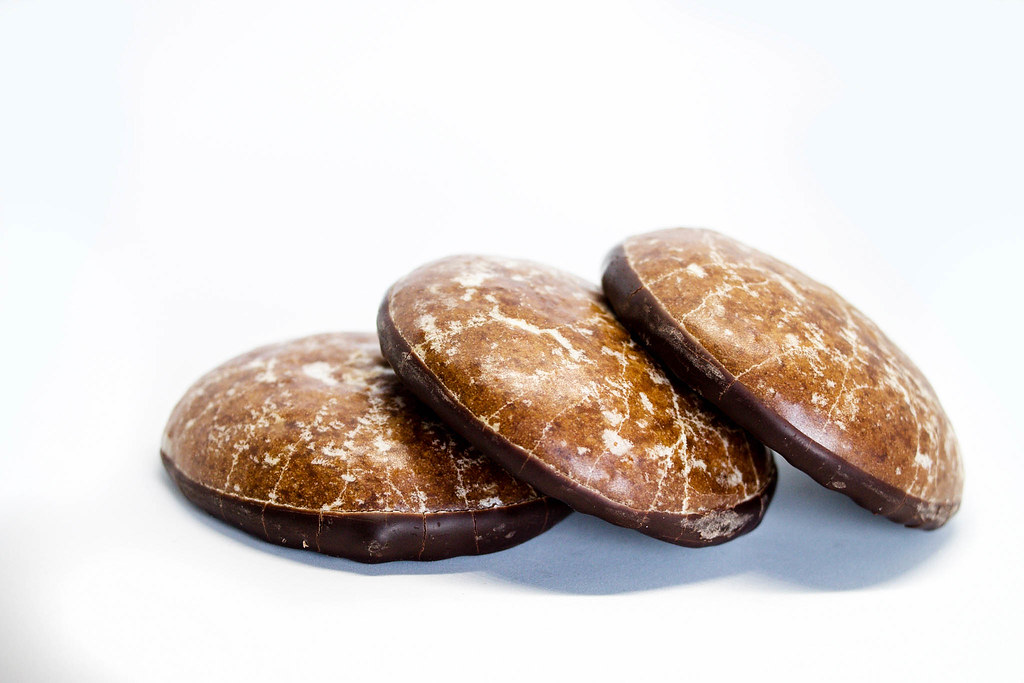 Chocolate ginger cookies on white background | ✅ Marco Verch… | Flickr