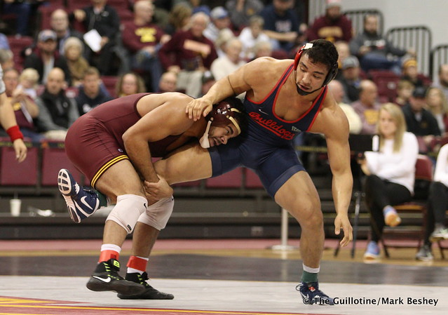 197 Bobby Steveson (Minnesota) maj. dec. Richie Brandt (Fresno State) 19-5 - 171210AMK0177