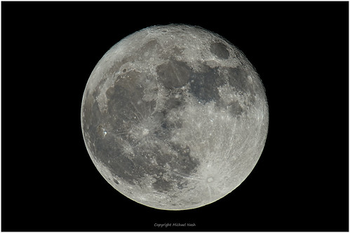 Moon 2017-12-03 99.5 % | by westcoastcaptures