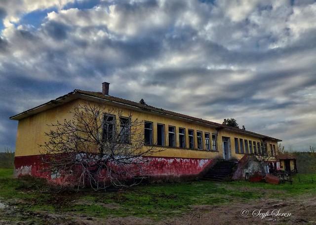 Balıkesir / Manyas / Börülceağaç İlk Okulu