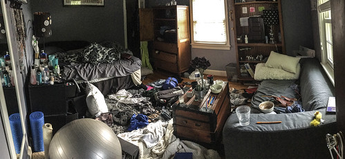 teen's messy room