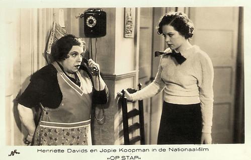 Henriëtte Davids and Jopie Koopman in Op stap (1935)