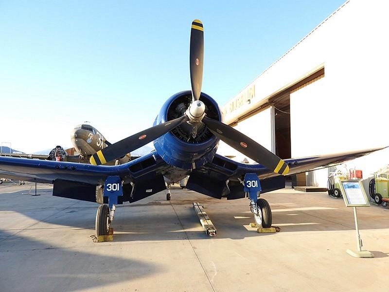 FG-1. Corsair 5