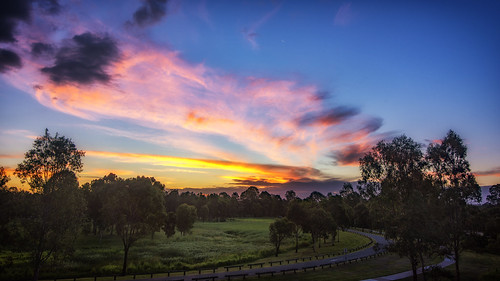 parks sky sunsetsandsunrisesgold sunset cloudsstormssunsetssunrises clouds