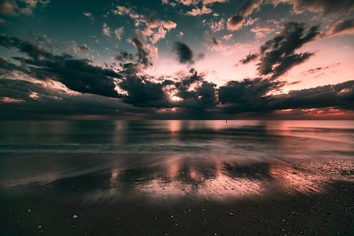 englewood florida unitedstates manasota key beach 1635mm f4l canon 5d mark iv longexposure ocean sky sunset waves clouds dramatic dusk eos 5dmarkiv 5dm4 5dmk4 5d4 ef1635mmf4lisusm ef us outside outdoor nature