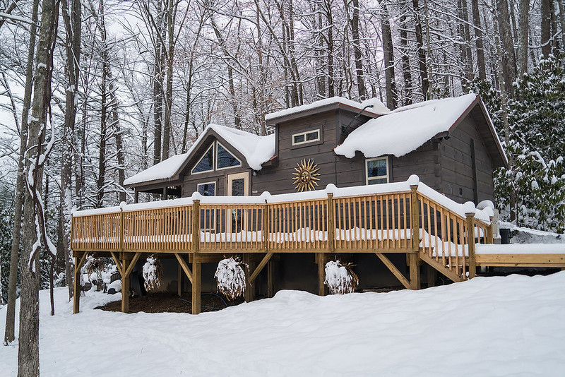 Pisgah Getaway cabin covered with snow
