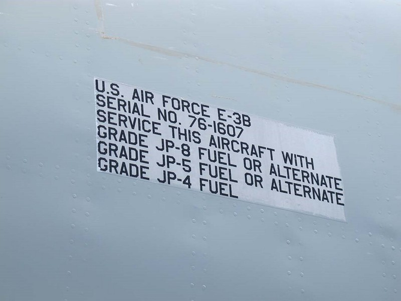 Boeing E-3B Sentry 8