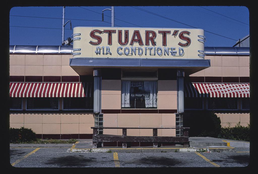 Stuart's Restaurant, angle detail, Route 12, Worcester, Massachusetts (LOC)