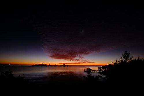 sunrise arloguthrie fujifilmxt2 fujixf1024mmf4rois indianriver indianriverlagoon thecrabhouse twilight
