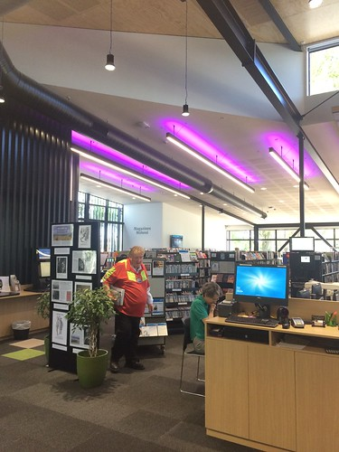 Ōrauwhata: Bishopdale Library and Community Centre
