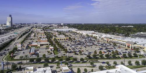 dji houston memorialvillages phantompro4 texas usa aerial commerial image photo photograph retail shoppingcenter f63 mabrycampbell november 2017 november102017 20171110campbelldji0010 88mm ¹⁄₈₀₀sec 100 24mm