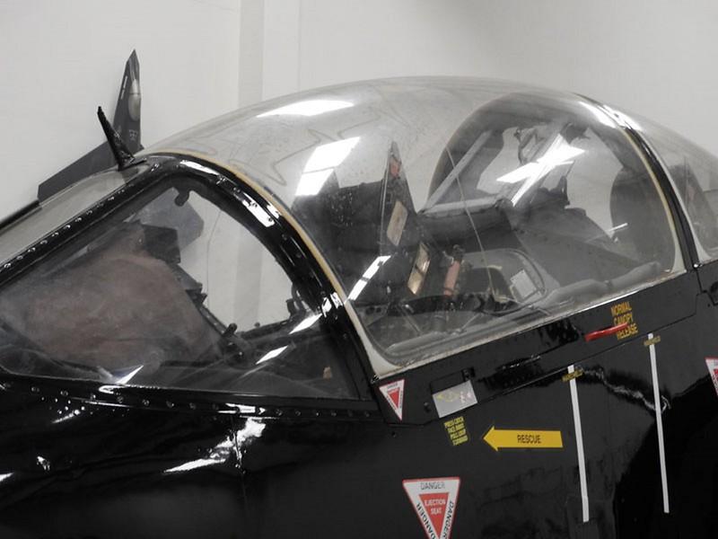 Harrier T.4 trainer 4