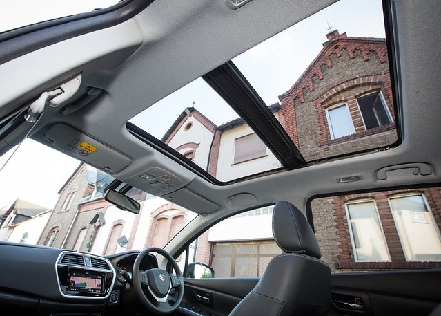 2018-Suzuki-S-Cross-Interior-Sunroof