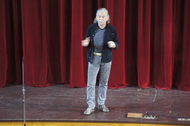 1711 - 24 Teatro 7º y Ed. Media