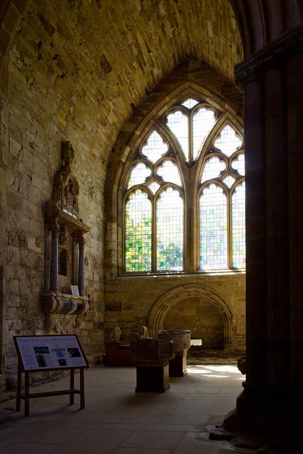 Seton Collegiate Church interior (1)