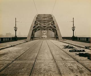 The Tyne Bridge roadway nearing completion