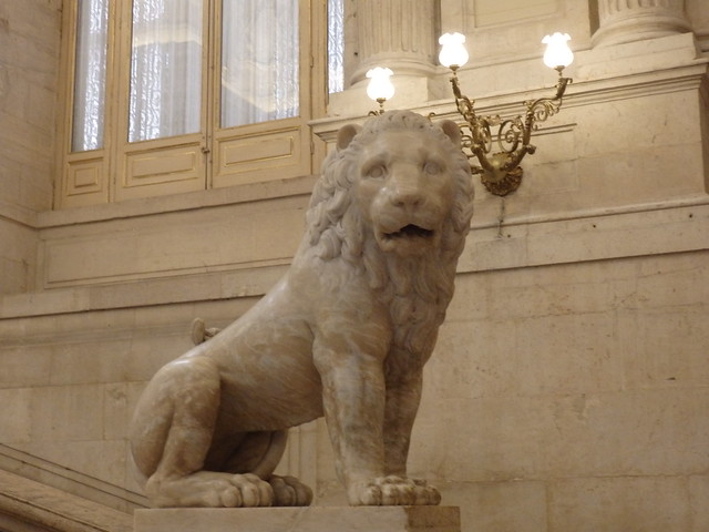 Lion on the main staircase, Palacio Real