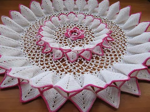friends, look at that towel I liked this model in crochet that more beautiful and charming step by step free
