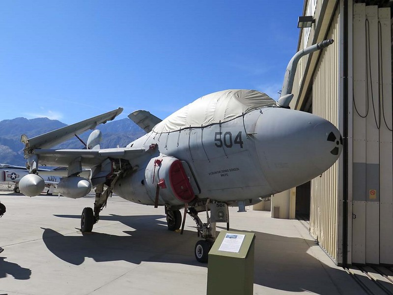 Râleur EA-6B Prowler 2