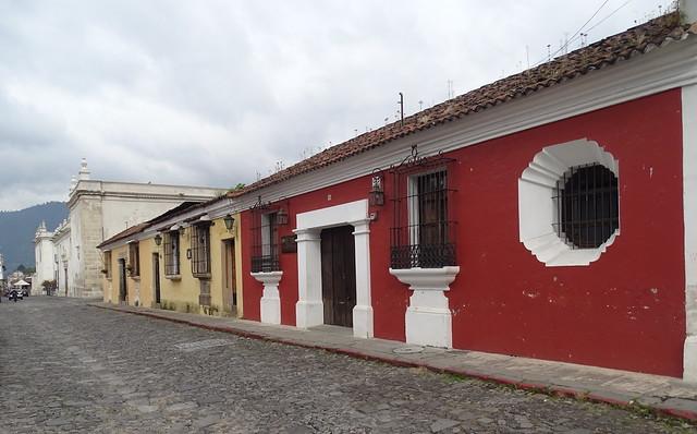 Antigua Calles  Guatemala 01