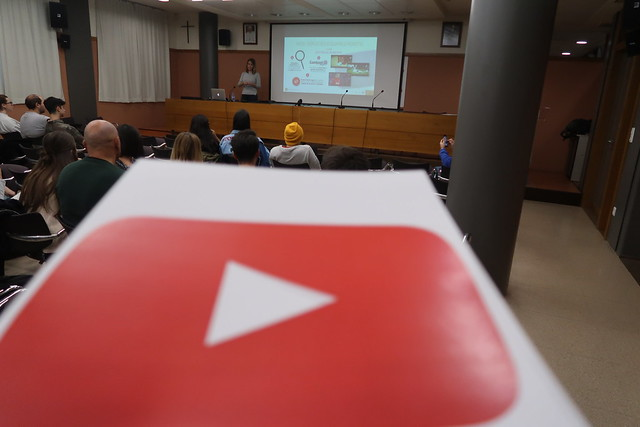 Master Class sobre Youtube con Paula Guinot Vera