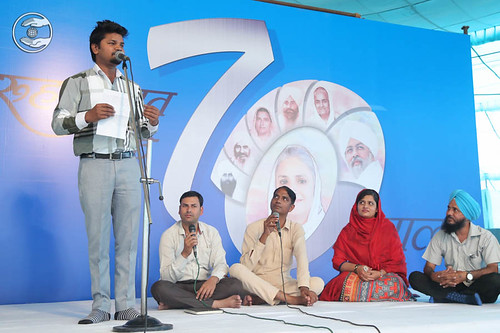 Poem by Deendayal Uday from Ghaziabad, Uttar Pradesh
