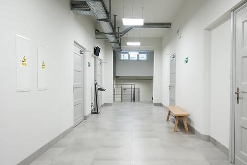 korytarz na parterze po remoncie