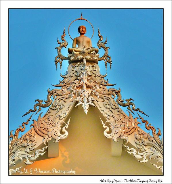 Wat Rong Khun - The White Temple of Chiang Rai 43